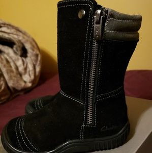 Toddler girls Clark's boots size 8 1/2